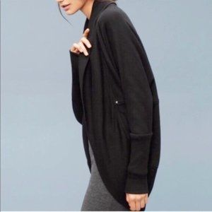 Aritzia Wilfred Black Diderot Cocoon Cardigan